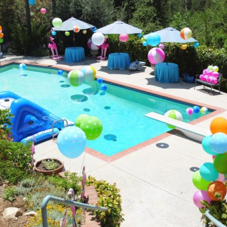 Kitty pool party themes